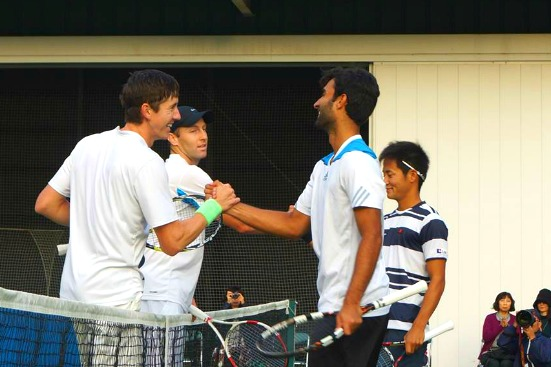 Smith and Hubble in Yokohama Keio Challenger